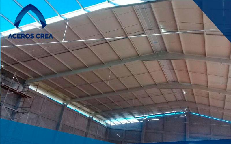 El panel de acero Multytecho pertenece a la marca Ternium, de la cual somos distribuidores. Hacemos envíos a toda la república mexicana.